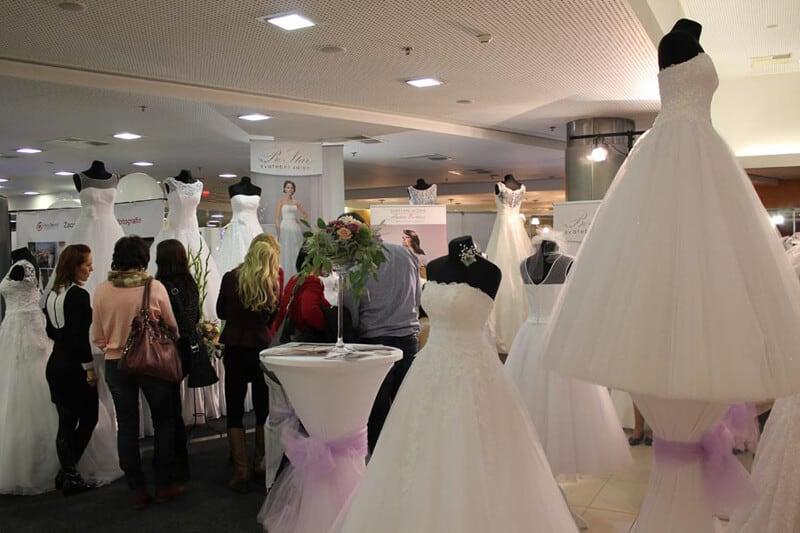 Svatební dny - svatební šaty