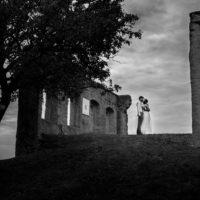 Fotograf Radek Vandra novomanželé u zříceniny