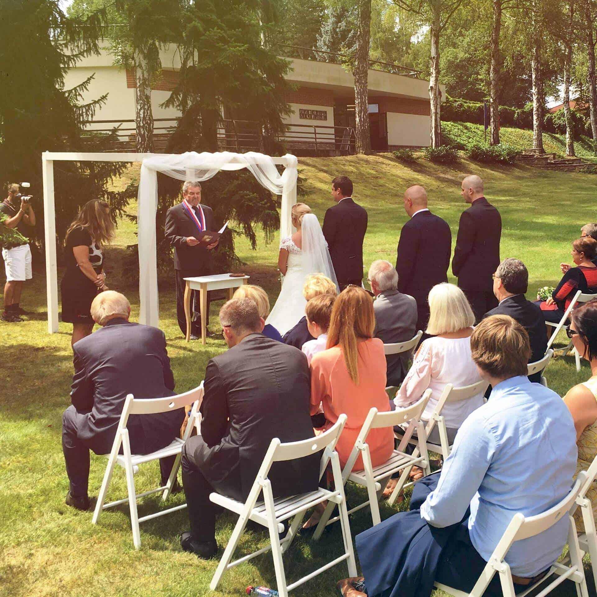 Svatba po širákem - svatební obřad