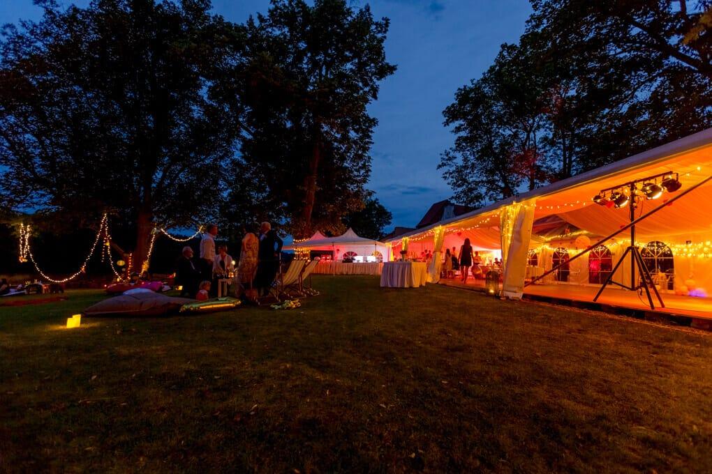 Resort Bechyně oslava v parku