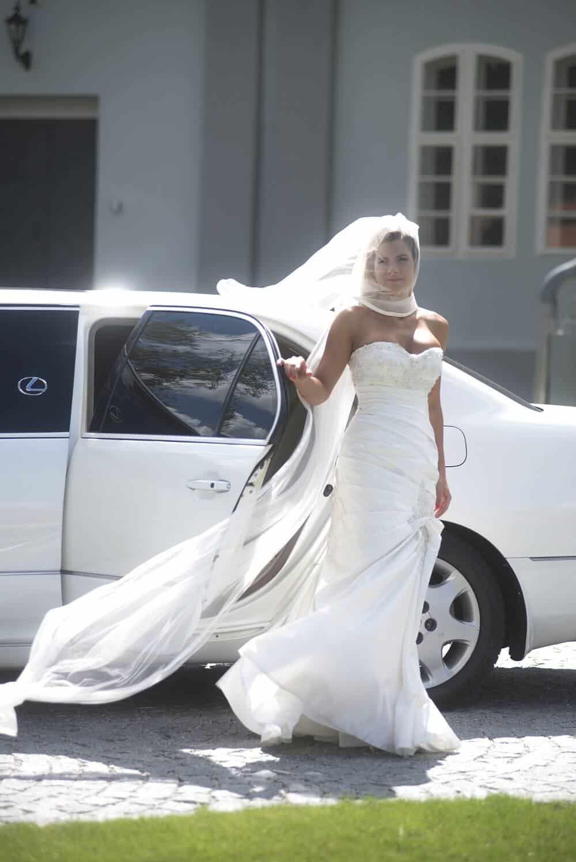 Zámecký Hotel Panství Dlouhá Lhota - nevěsta u auta