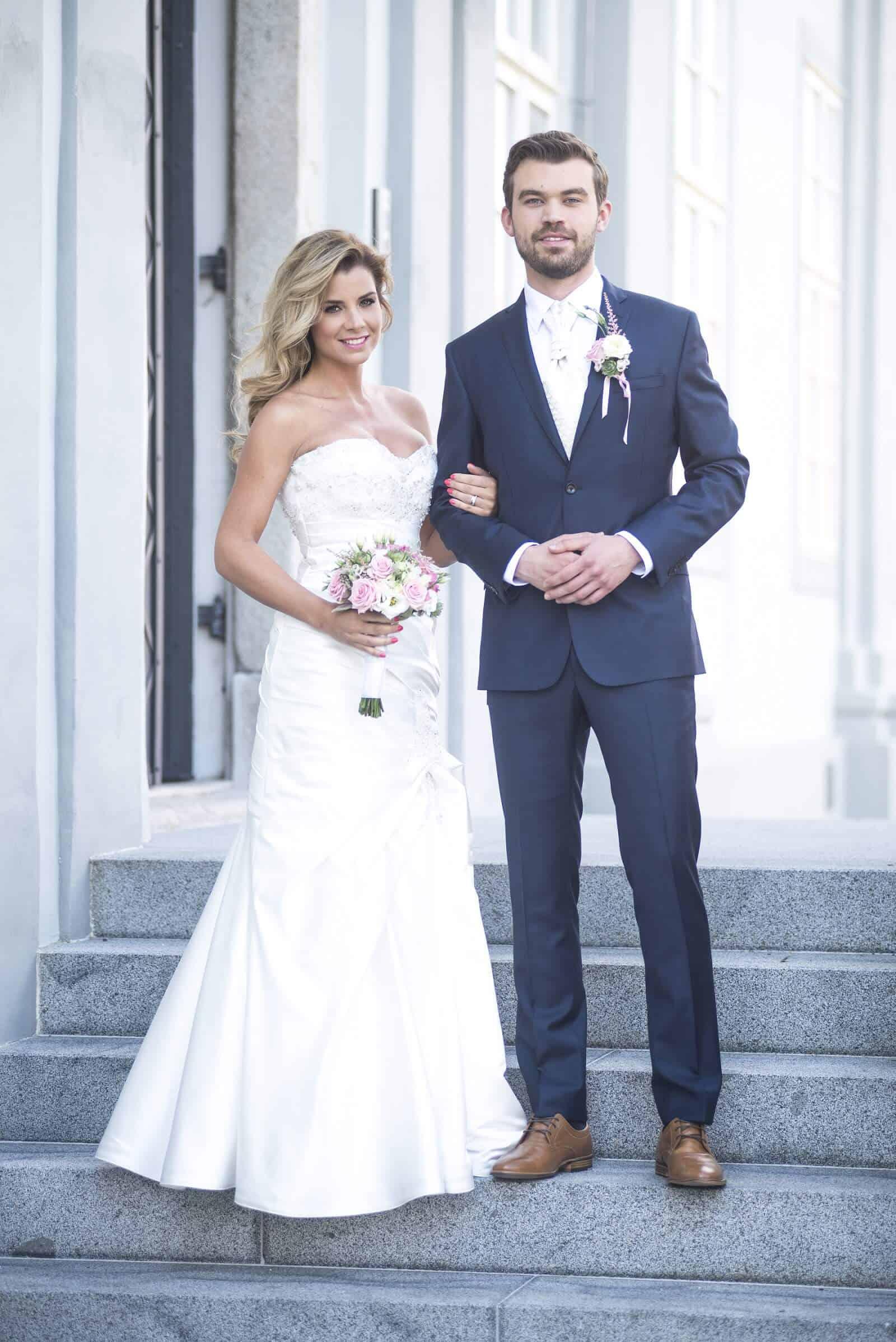 Zámecký Hotel Panství Dlouhá Lhota - čerství novomanželé