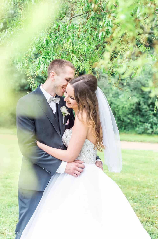 Fotografka Pavlína Jáchimová - novomanželé polibek