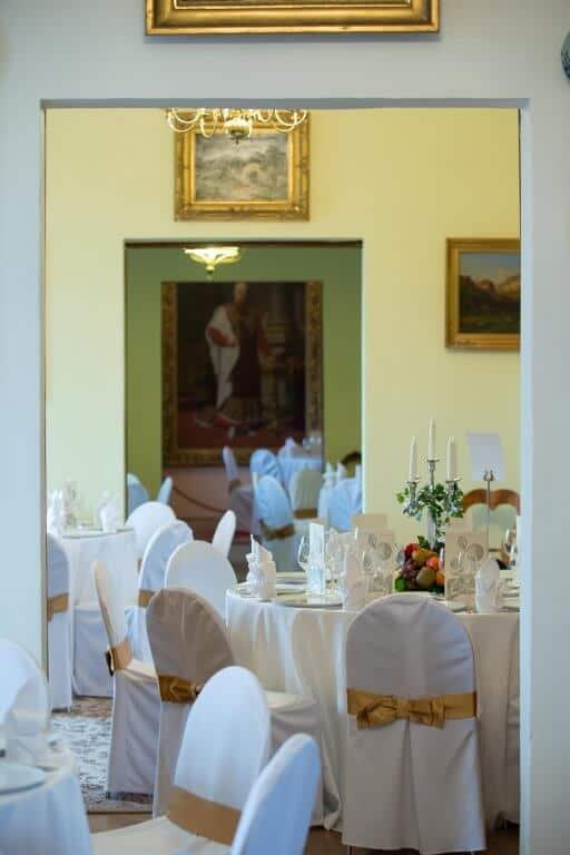 Zámek Nelahozeves svatební hostina v zámku