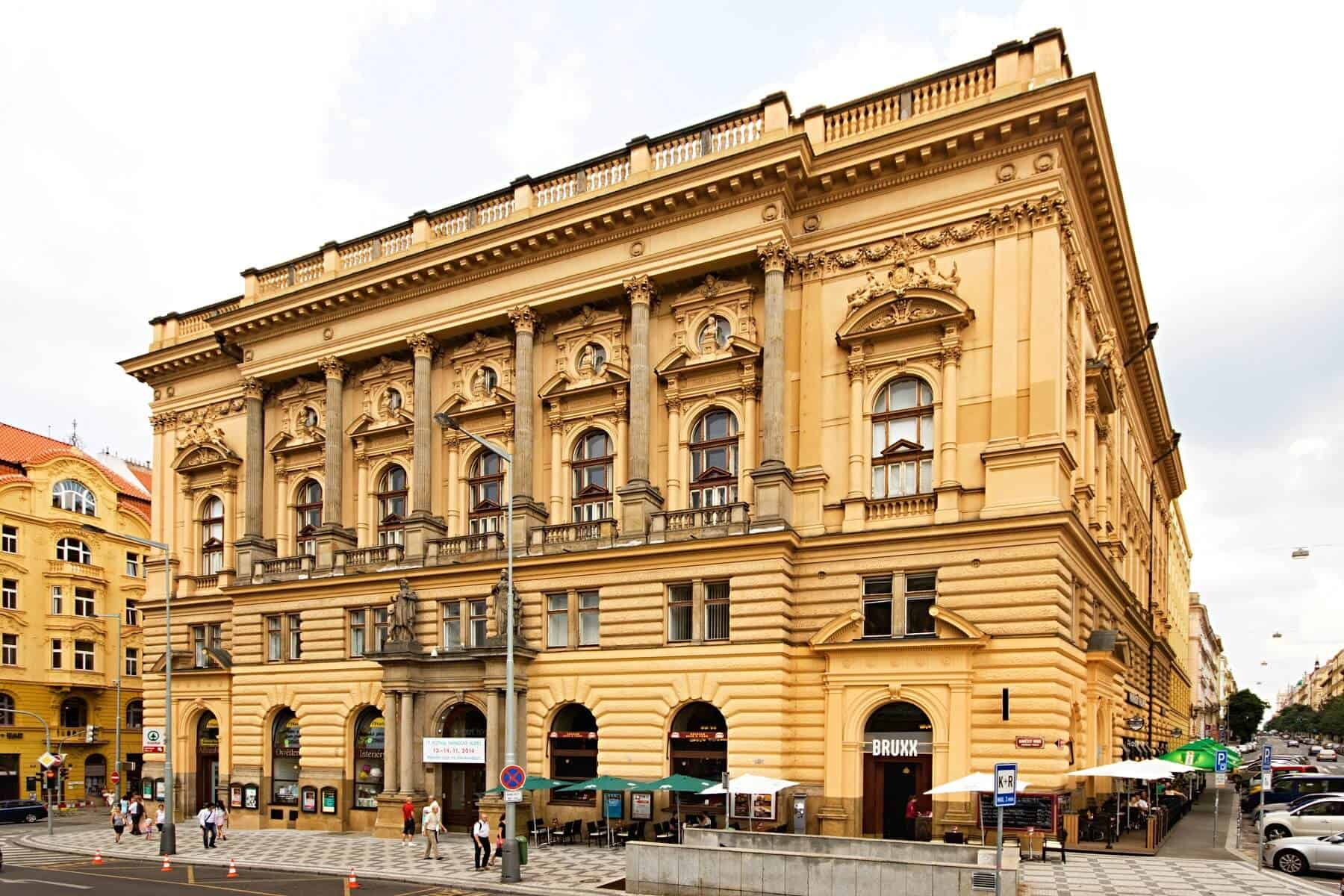 Národní dům Vinohrady