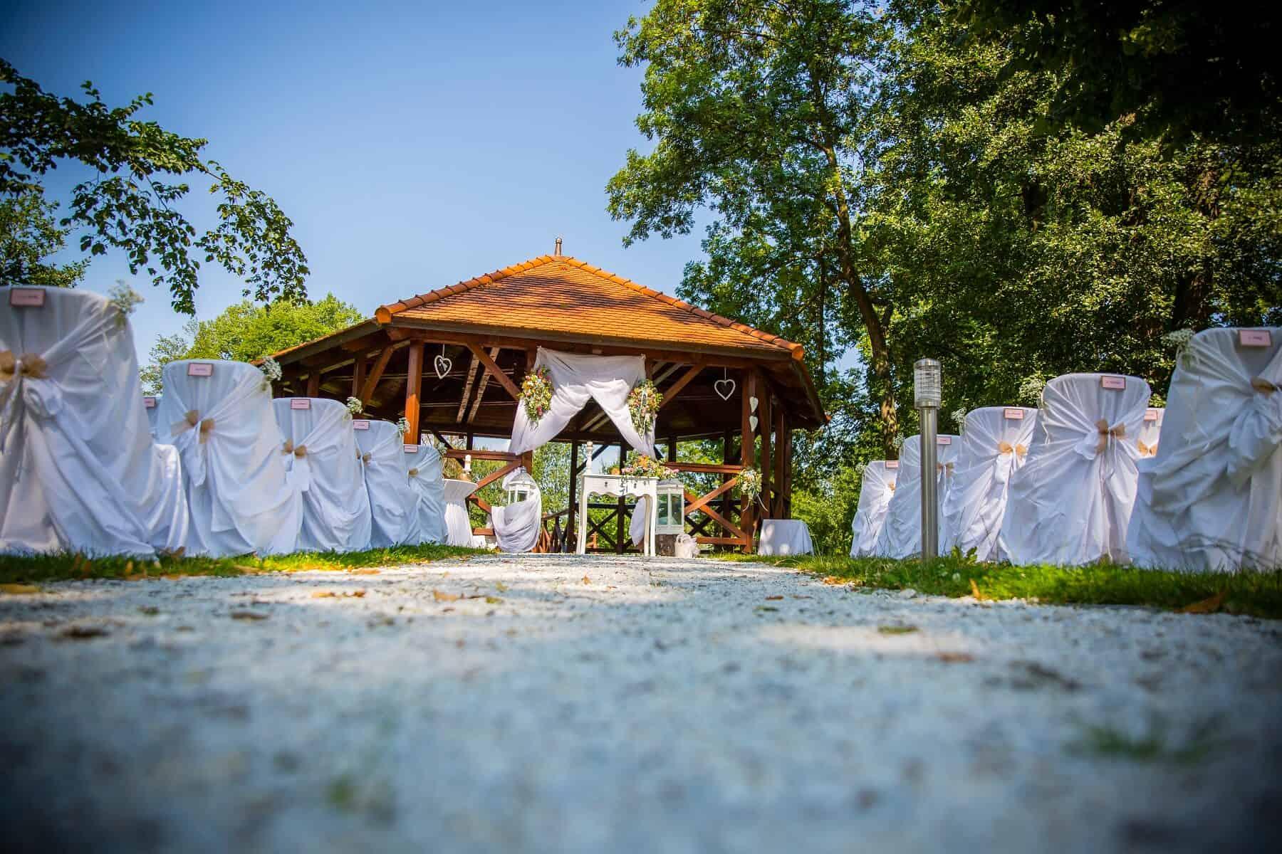 Zámek Obytce - svatební obřad