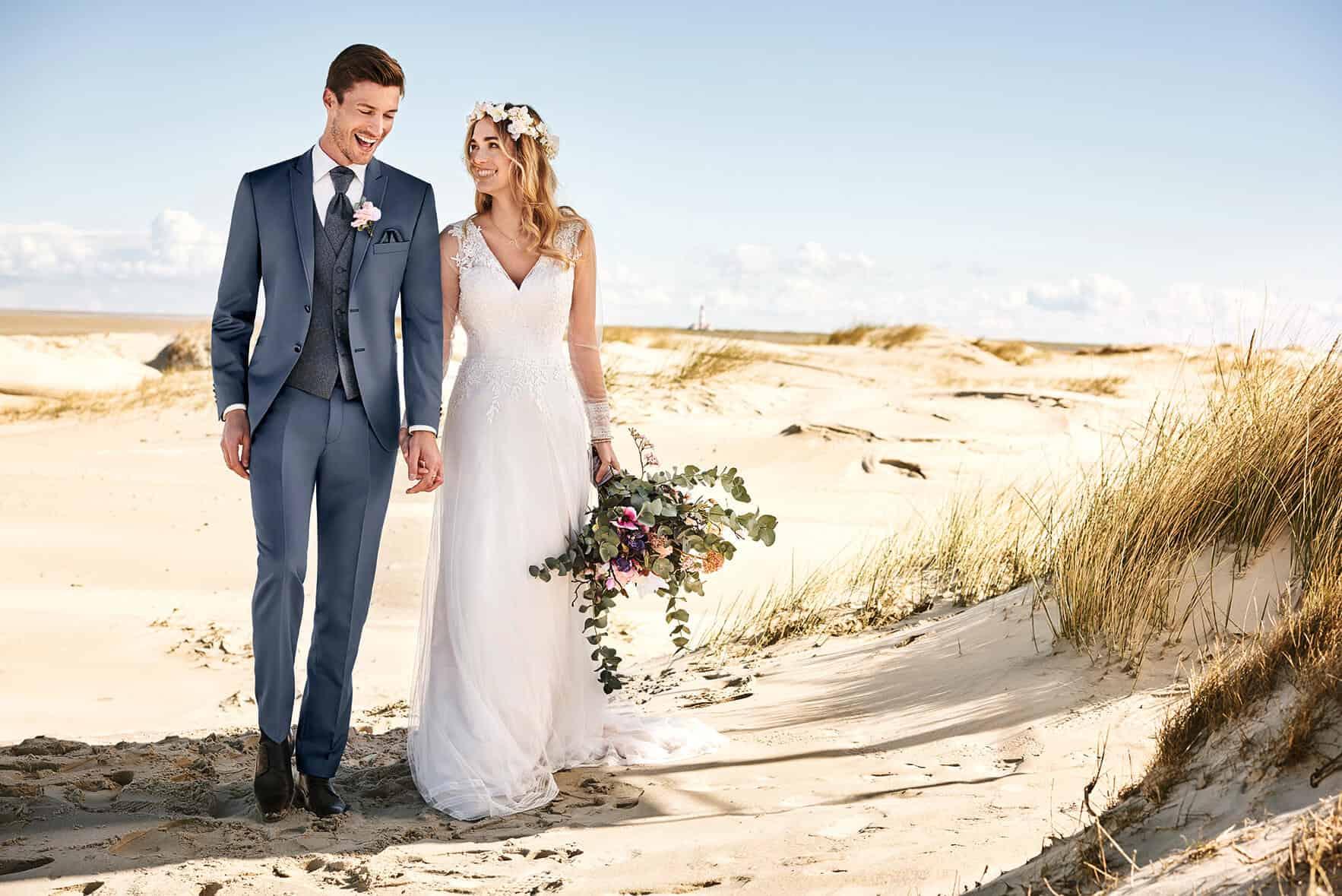 Studio Agnes - svatební oblek, ženich s nevěstou