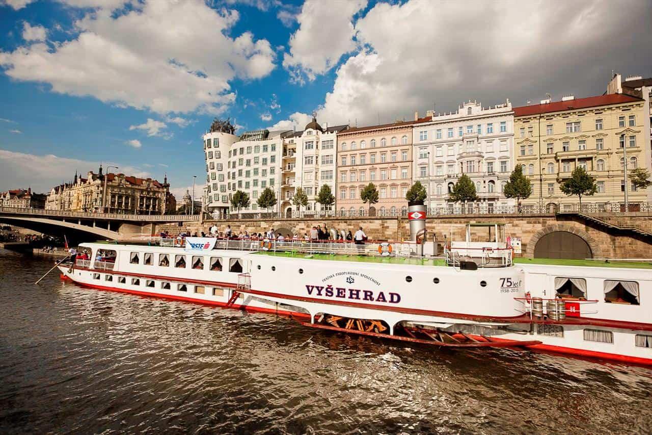 Prague Boats - parník Vyšehrad