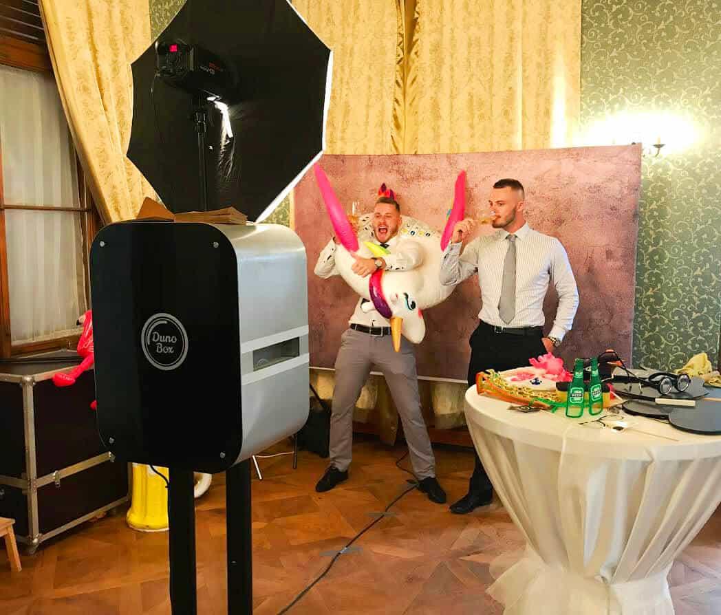 Fotokoutek na svatbu Dunobox dva