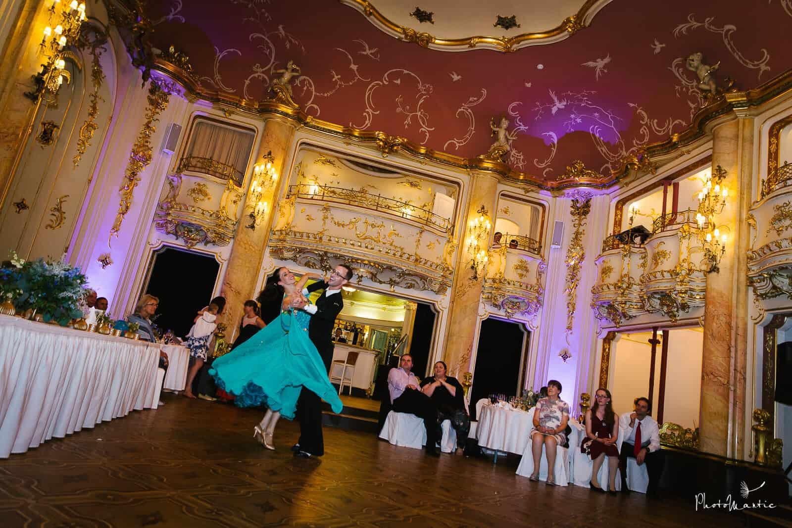 Taneční show v podání Vítka Kristýny 303