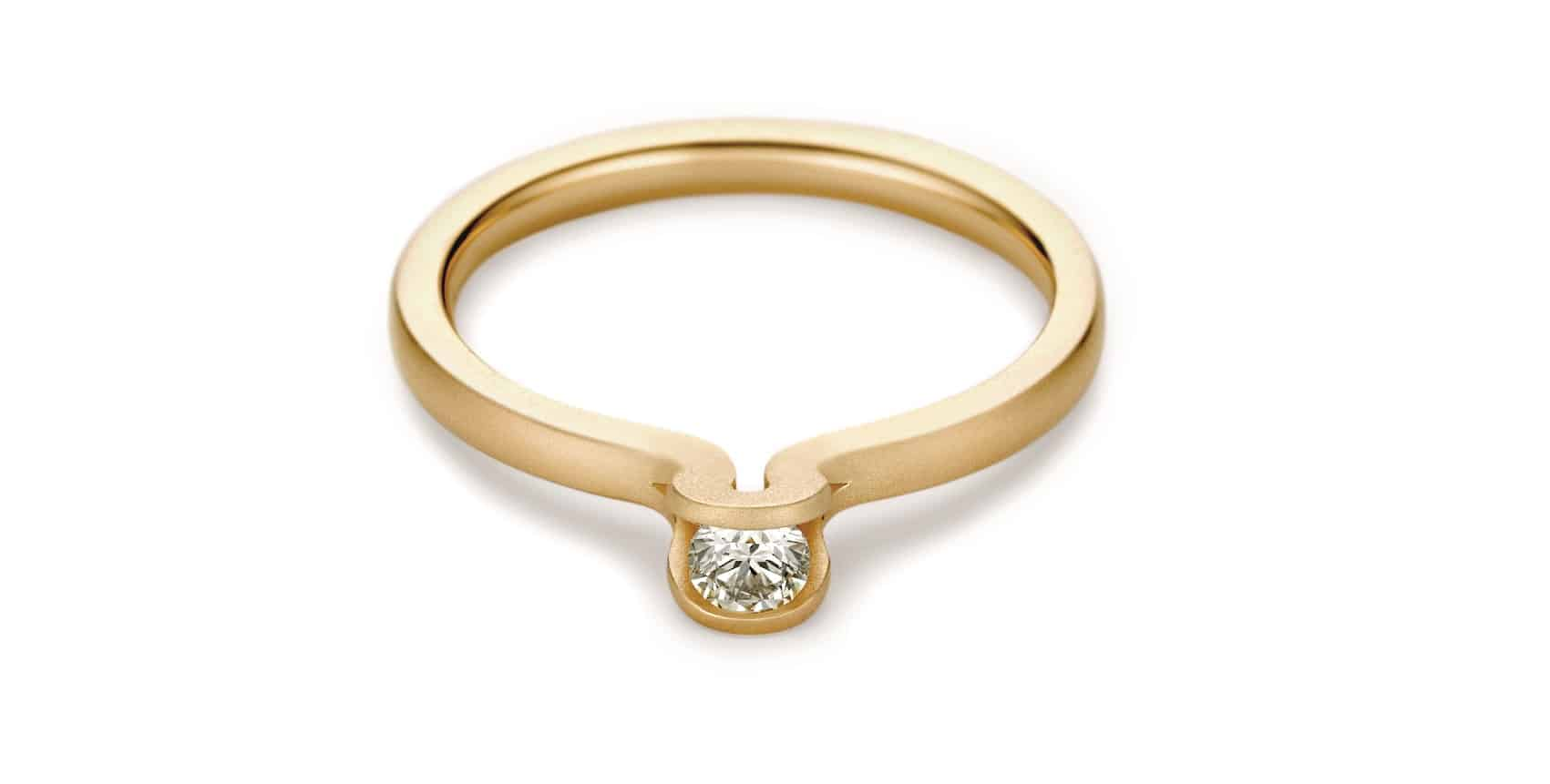 Halada Zásnubní prsten titulní