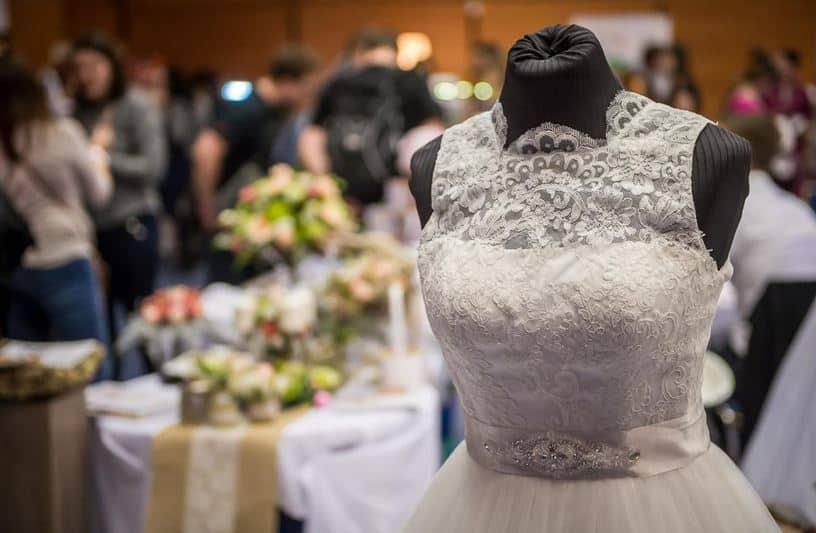 Svatební dny - šaty