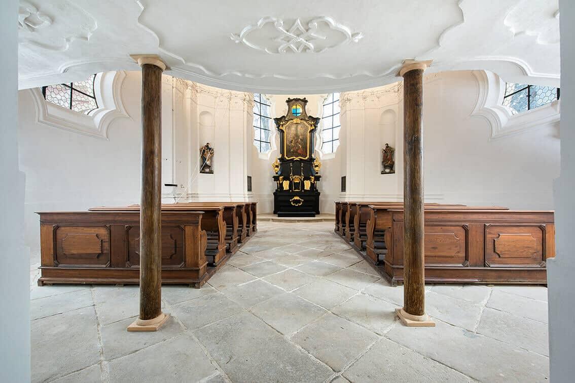 Zámek Mitrowitz kaple vstup