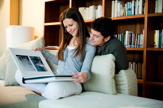 Svatební kniha, novomanželé