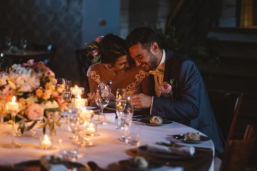 Hotel Granary novomanželé na hostině