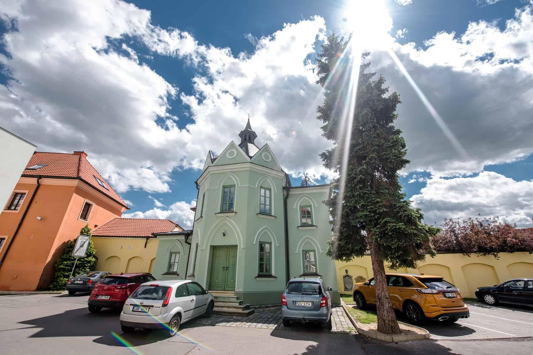 Hotel Octárna - kostel
