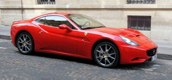 Autopůjčovna OneTwoGo - Ferrari California F1 4.3 V8