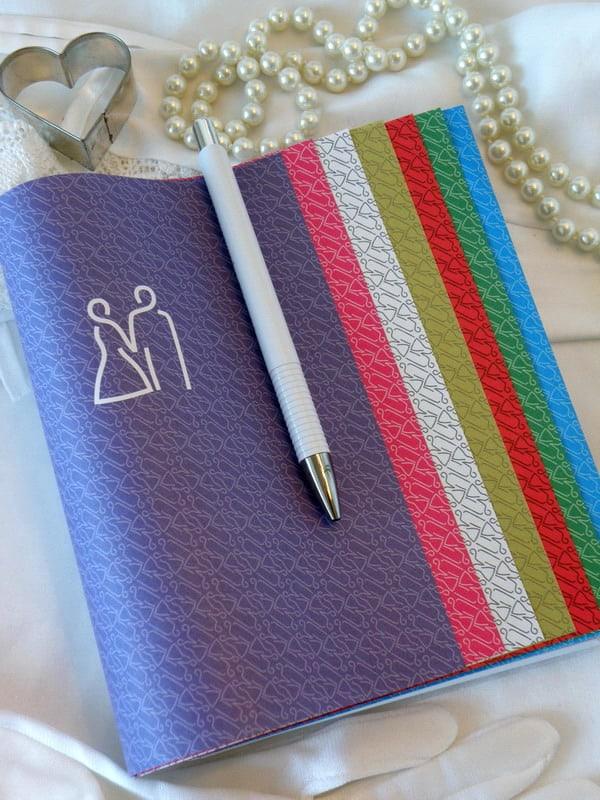 Svatební diář ukázka barev