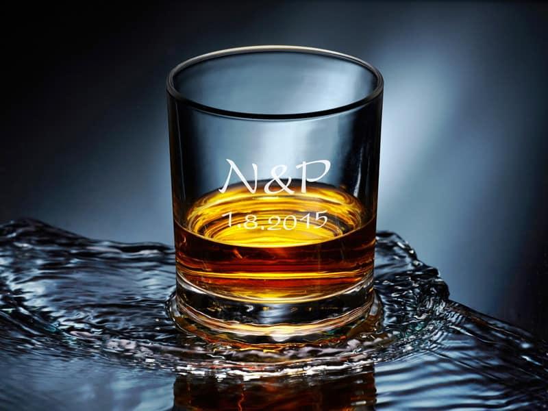 Svatební skleničky na whiskey s gravírováním