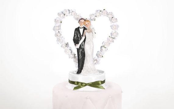 Figurky na dort se srdcem z růží