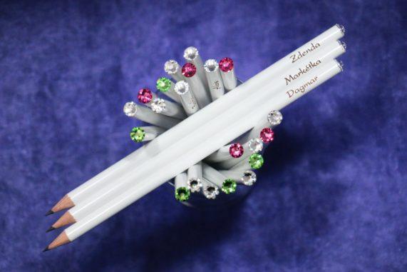 Originální jmenovky na svatební stůl - tužky se jmény hostů s krystalem Swarovski