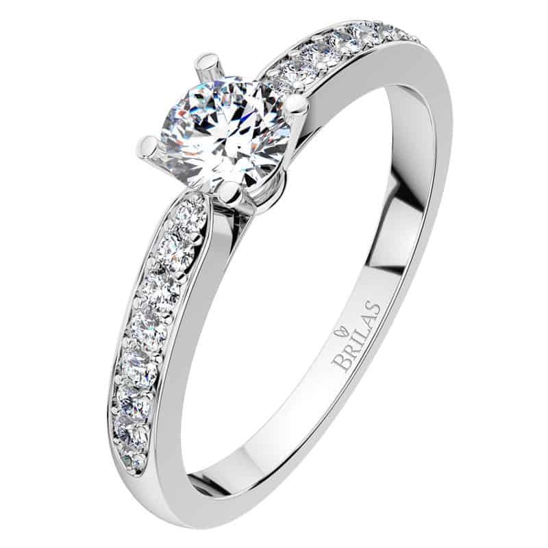 Oblíbený zásnubní prsten Lenka White z bílého zlata 17 zirkonů za 5 490Kč
