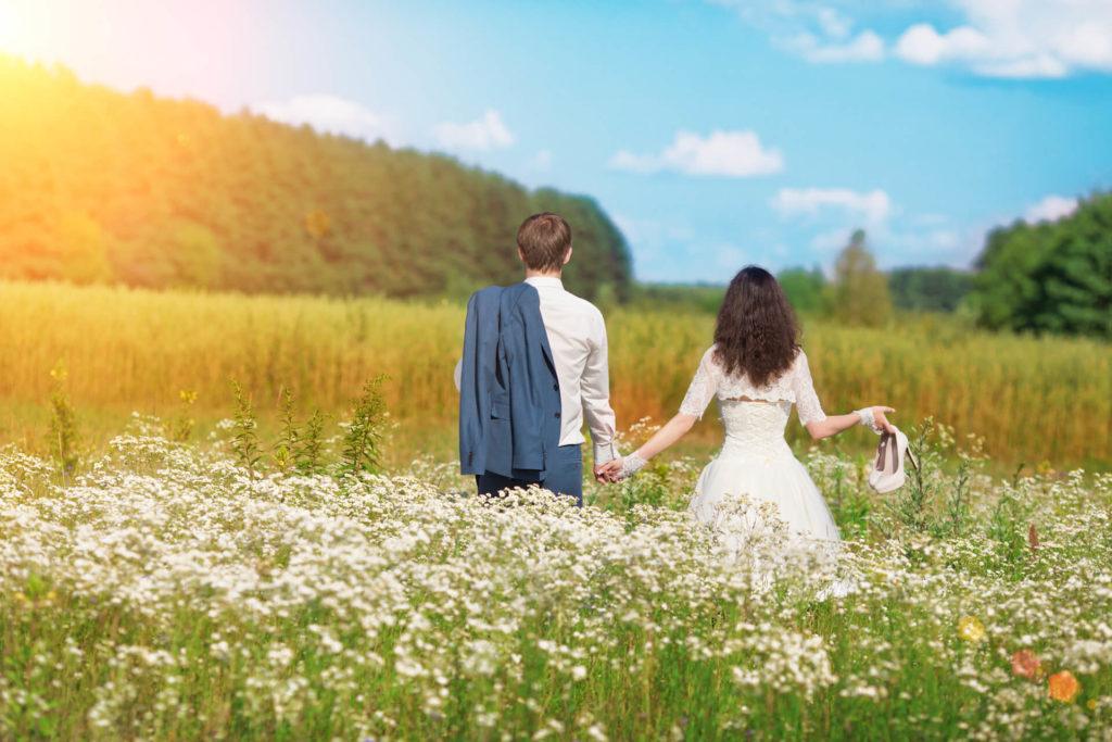 Svatba v přírodě na louce