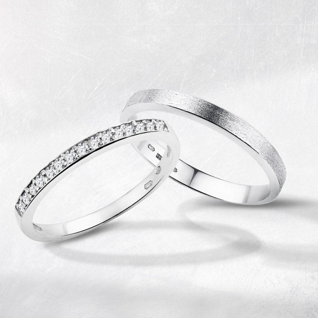 Snubní prsteny bílé zlato s diamanty matný zn. Klenota