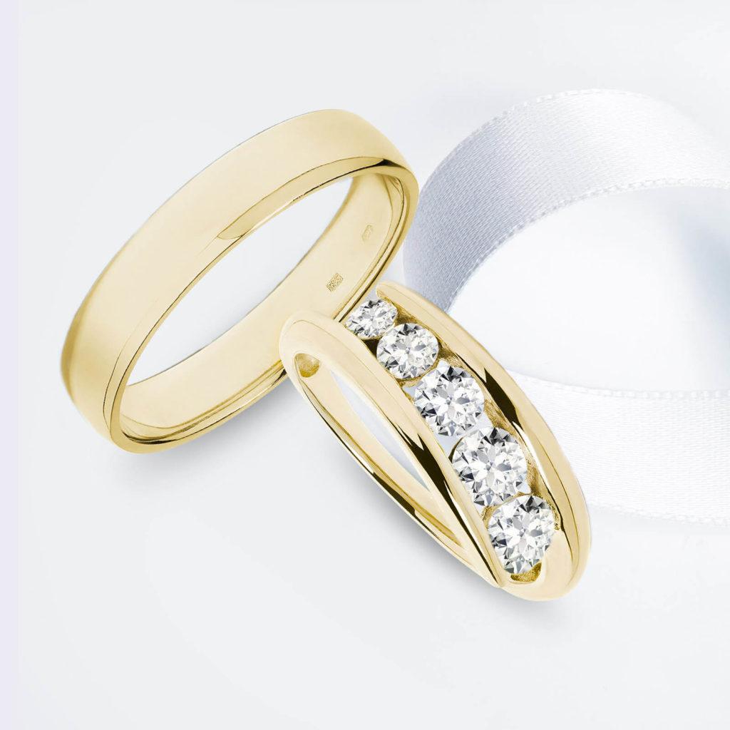 Snubní prsteny pár zlato žluté lesklé a lesklé s diamanty 3 zn. Klenota
