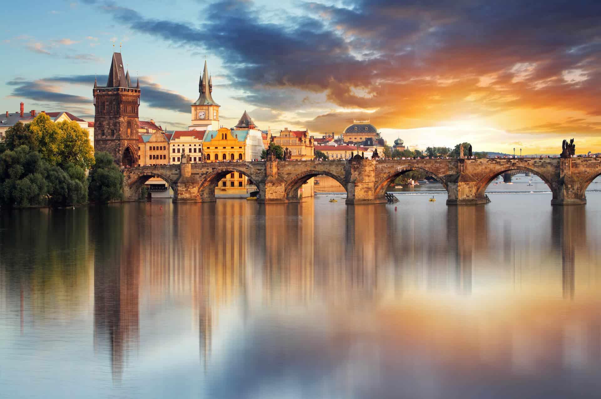 Svatba v Praze, pohled na Karlův most
