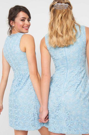 Modré šaty bez rukávů s výšivkou květů se zakulaceným výstřihem se zapínáním vzadu na krytý zip