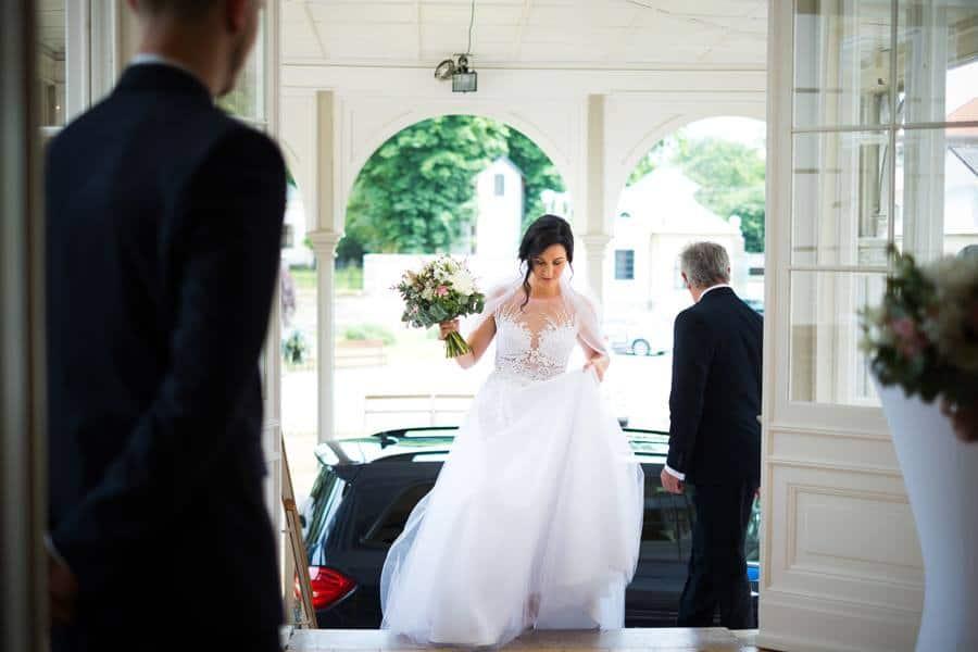Zámek Dobřenice nevěsta