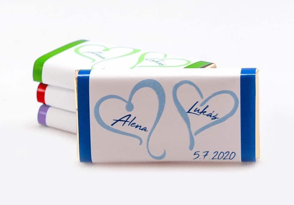 Dárek pro svatební hosty - čokoládka ALENA (srdce s pruhy) - na výběr 20 barev