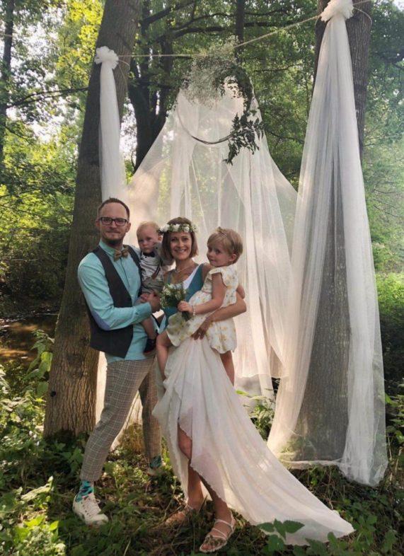 Svatba na Váchově mlýně - novomanželé