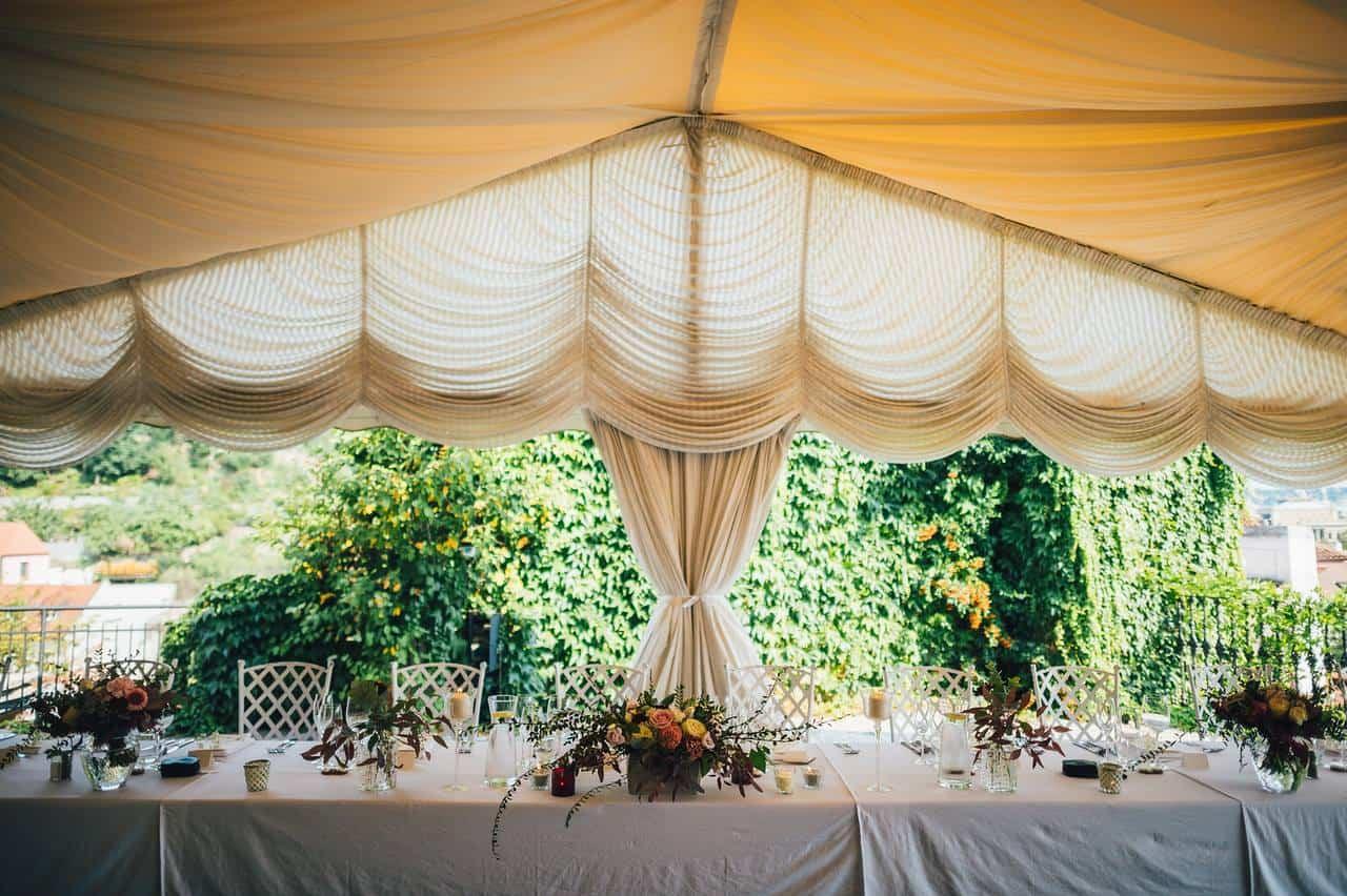 Villa Richter, svatební stůl pro novomanžele