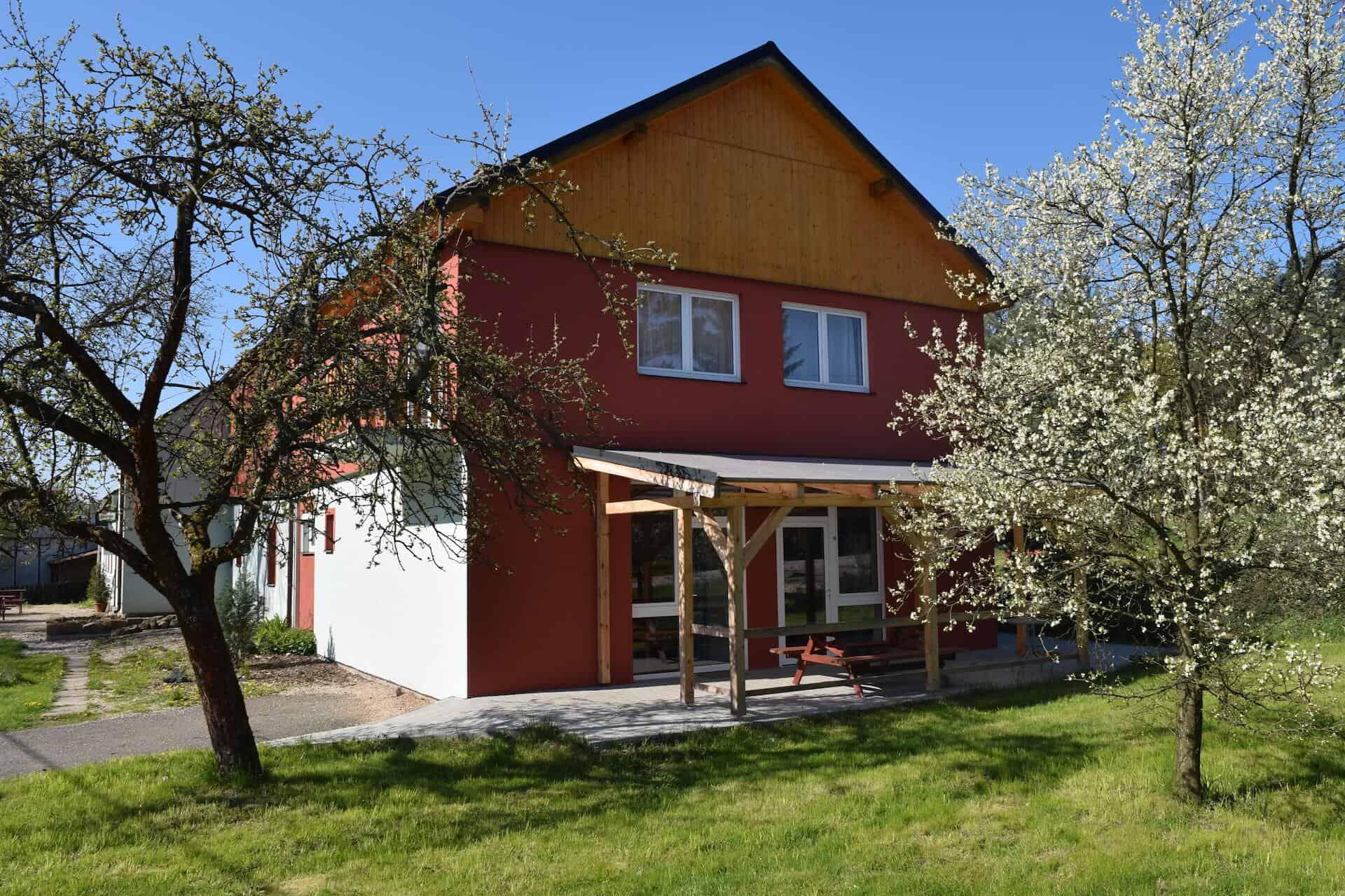 Penzion Slunečno - pohled na šít domu