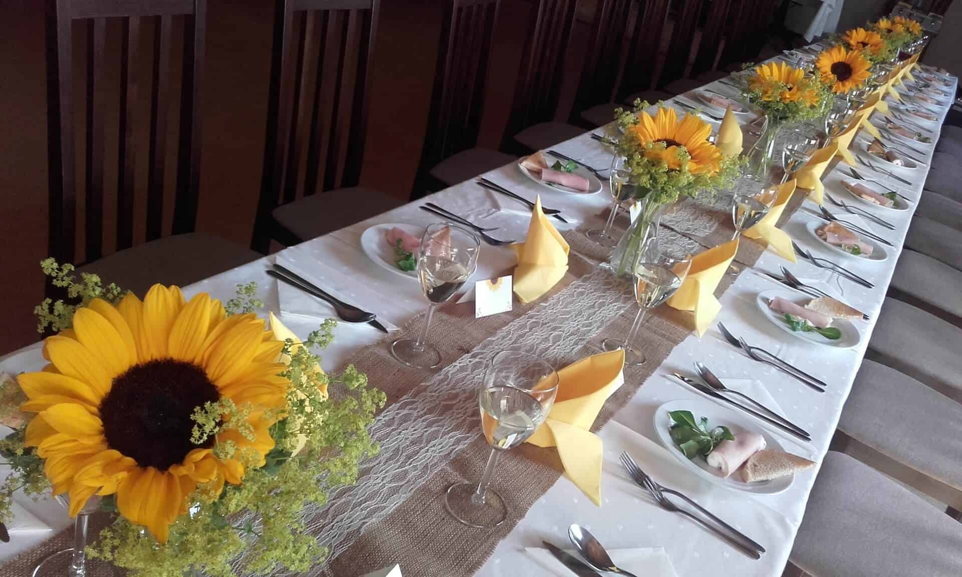 Penzion Slunečno - svatební tabule slunečnice