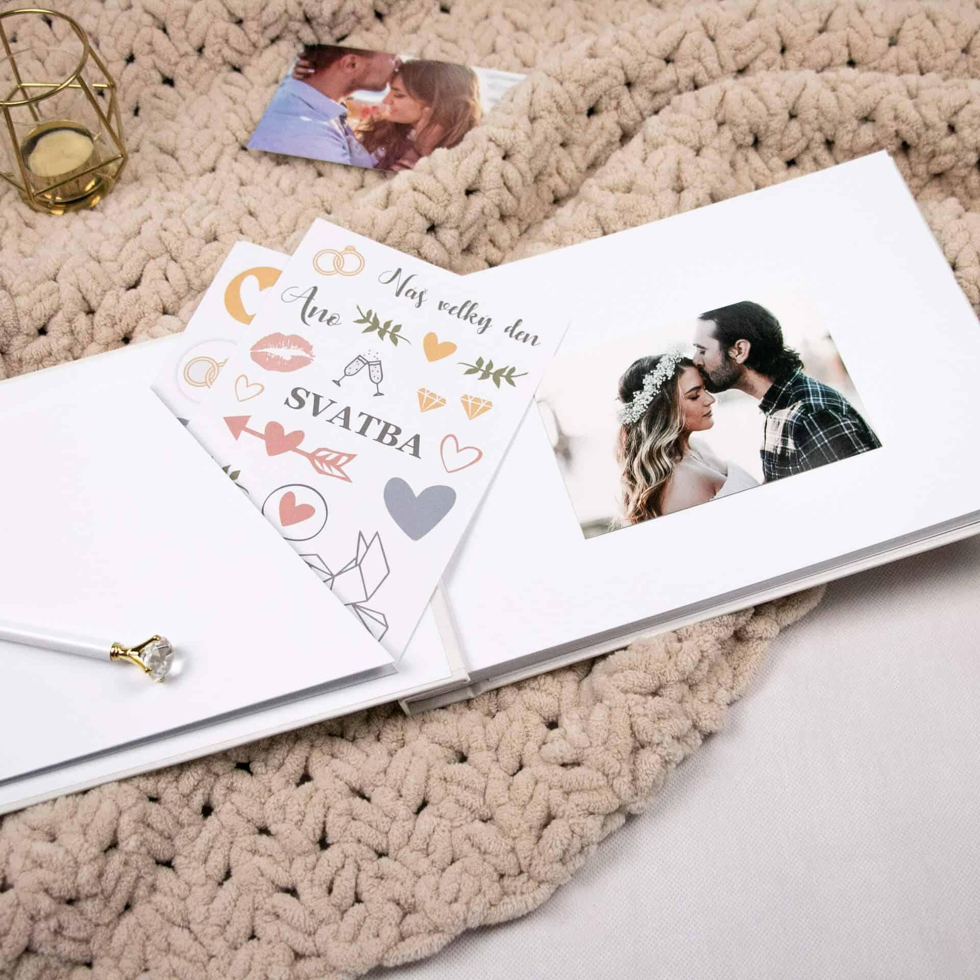 """Lovelu - svatební fotoalbum """"svatba"""" otevřené"""