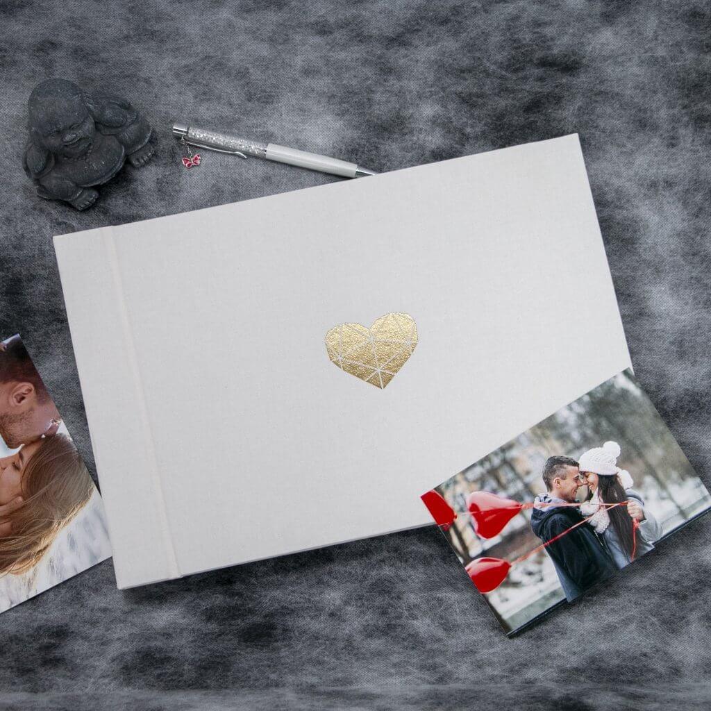 Lovelu - svatební fotoalbum srdce zlaté